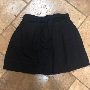 NWT American Eagle shorts- ladies